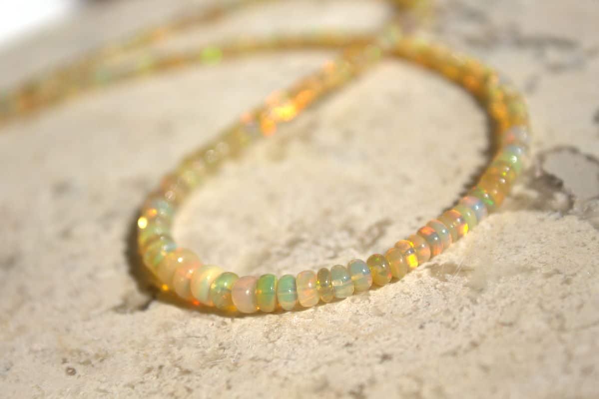 collar de opalos 2