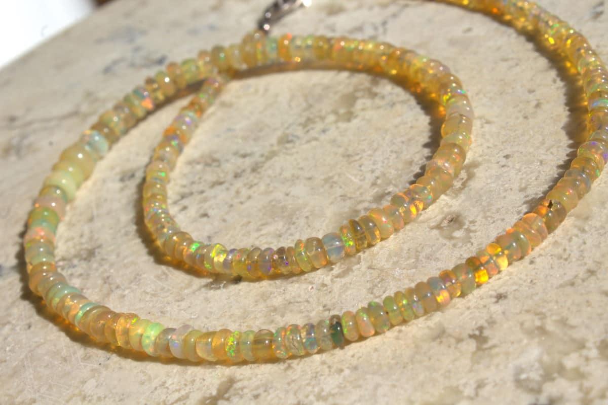 collar de opalos 3